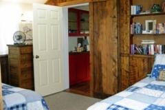 116 Gothic - bedroom 2