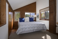 51-Paradise_20-guest-bed-1