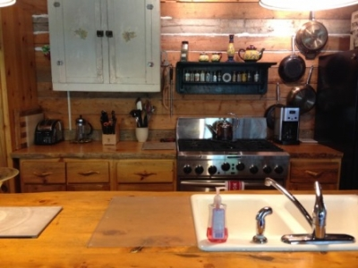 702EA-Kitchen