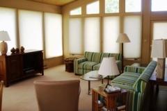 194-Par-Lane-living-room